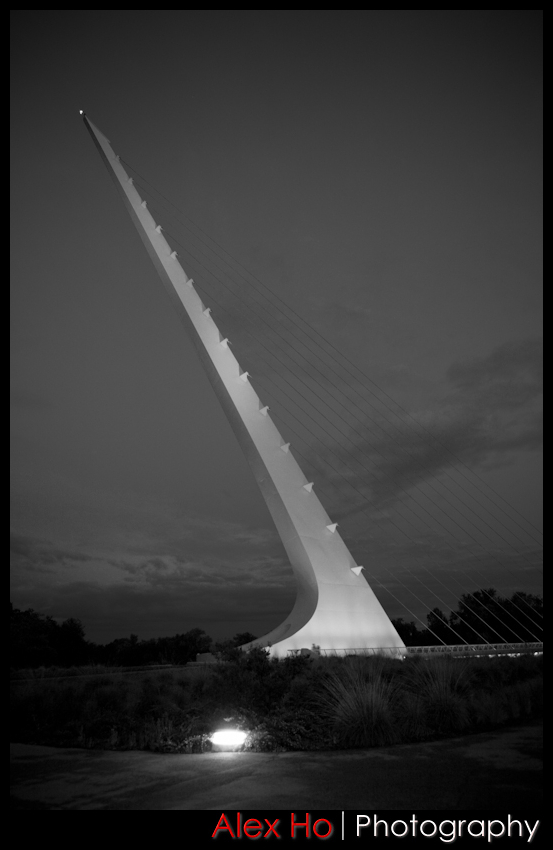 sundial bridge black and white night