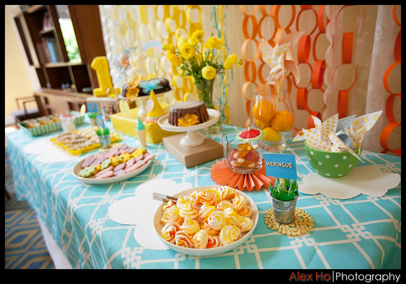 sweets table pretty design
