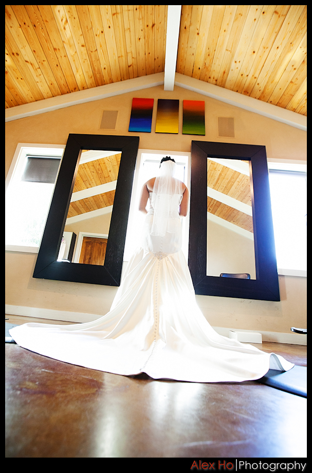 Bella montagna san jose wedding ceremony and reception for Wedding dresses in san jose ca