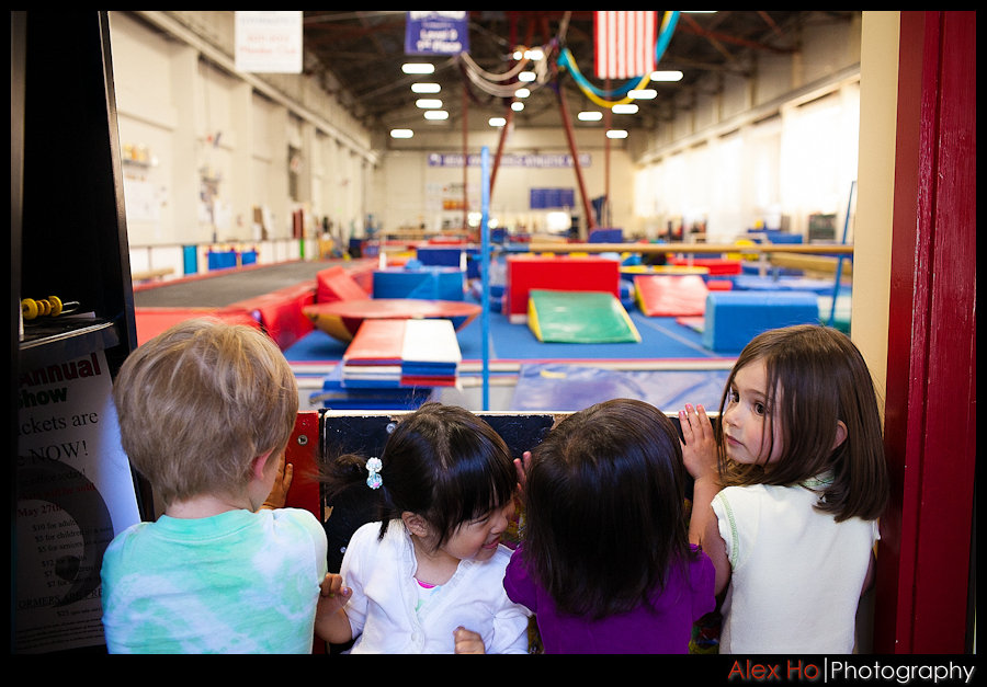 kids anticipating athletic jumping gym