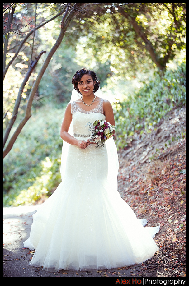 piedmont park oakland wedding bride bouquet