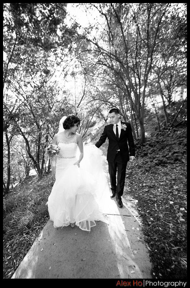 piedmont park oakland wedding bride groom walk