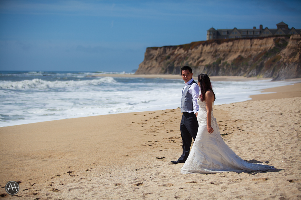 beachside wedding half moon bay