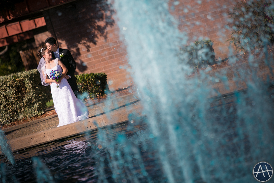 bride and groom fountains