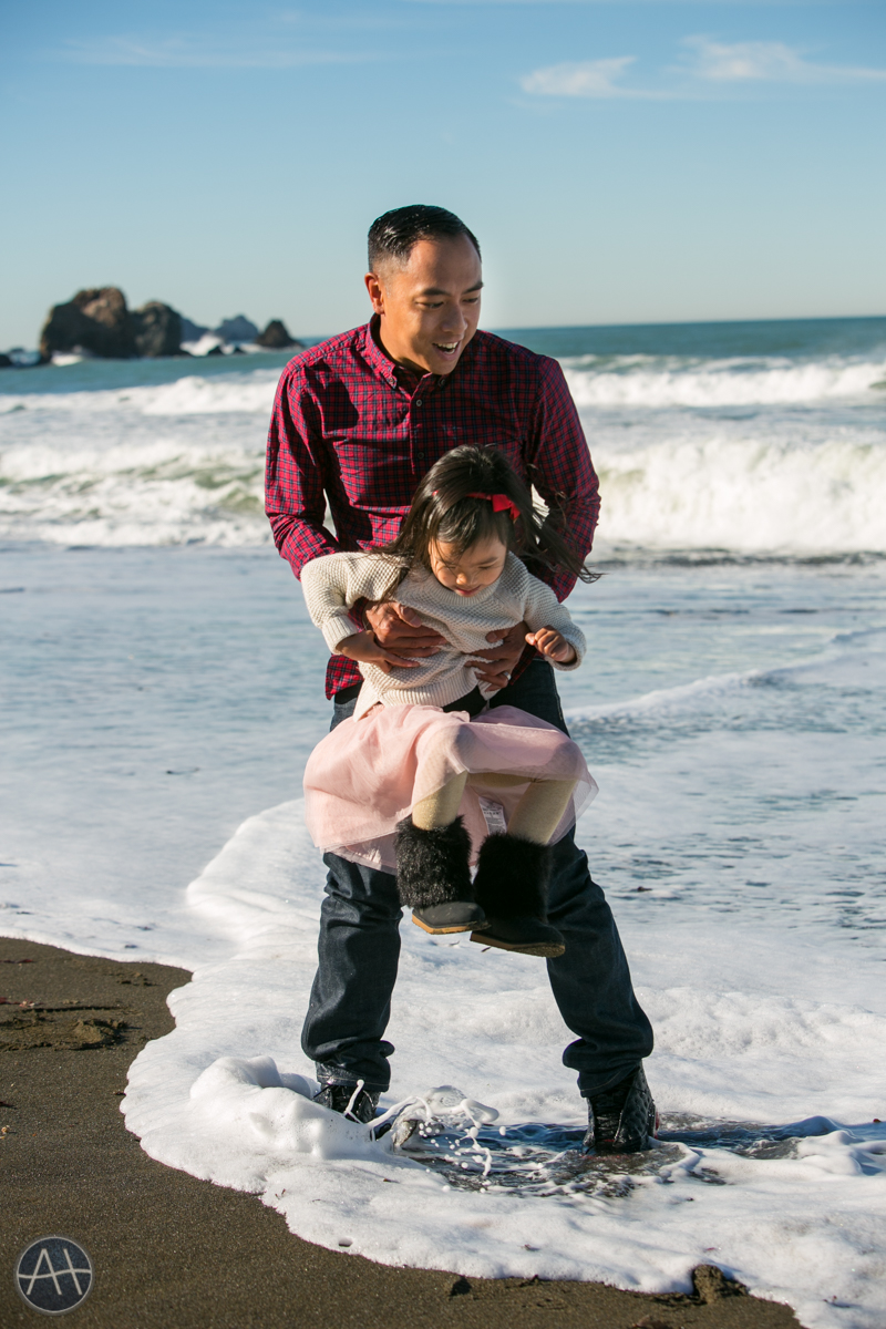pacifica family kids photosession beach ocean tide