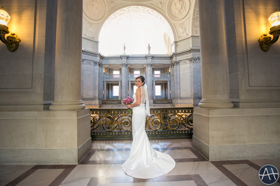 san francisco bride cityhall wedding